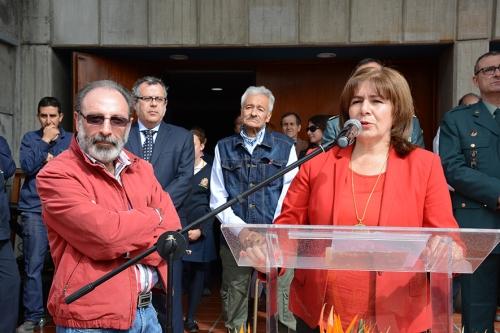 Beatriz Mejía y Rafael Martínez, de Administración, compañeros de Gratiniano desde el 1 de septiembre de 1981 hasta la actualidad