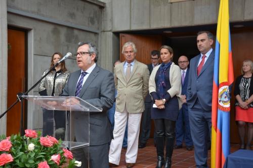 El Agregado de Educación Manuel Lucena pidió un curso lleno de èxtitos y gracias al esfuerzo de todos